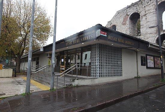 Fatih-Resat-Nuri-Sahnesi-Slide1.jpg